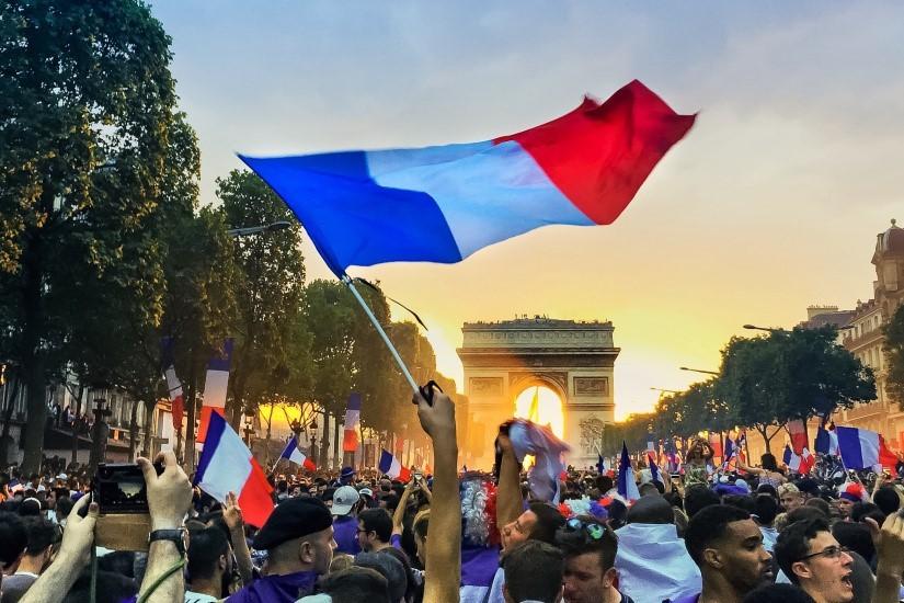 Help and Home - La France championne du monde de football