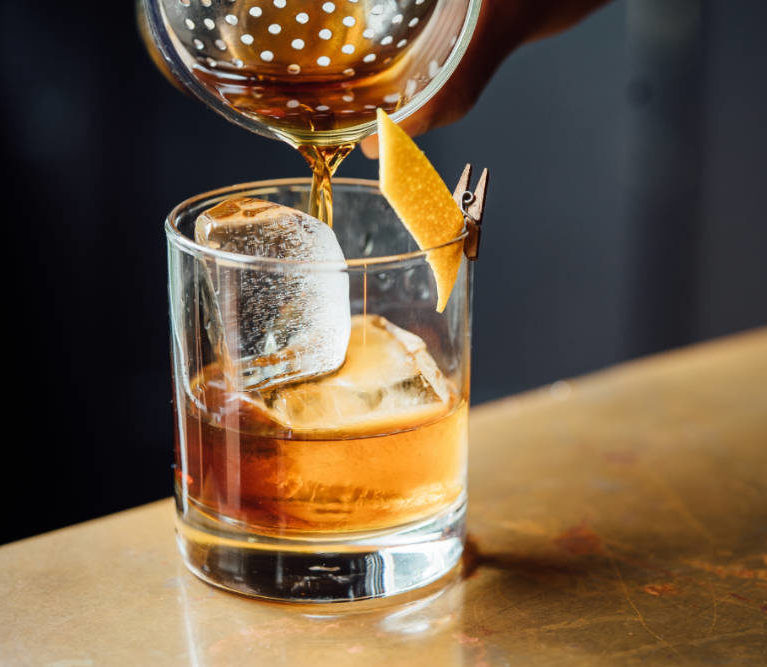 Help and Home - Old Fashioned - Cocktail entre amis